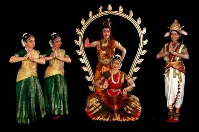 kala-sadhanalaya-ambalathil-adum-jyothi